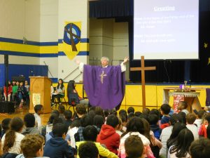 Msgr Vid celebrates our Advent Mass